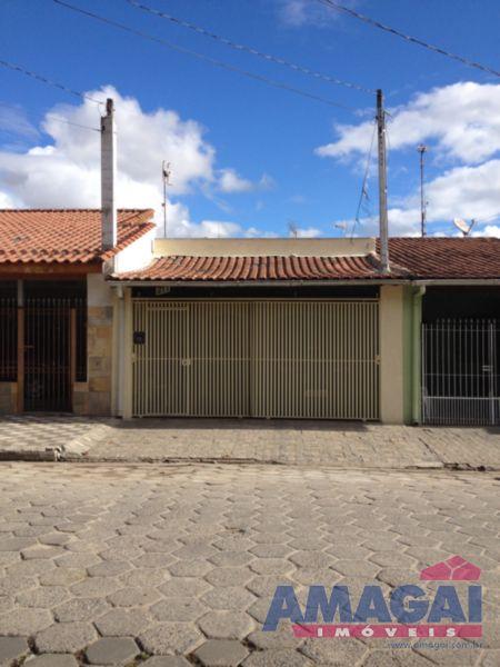 Casa Jardim Santa Maria Jacare�