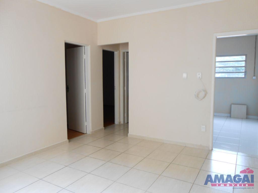 Apartamento Jardim Luiza Jacare�
