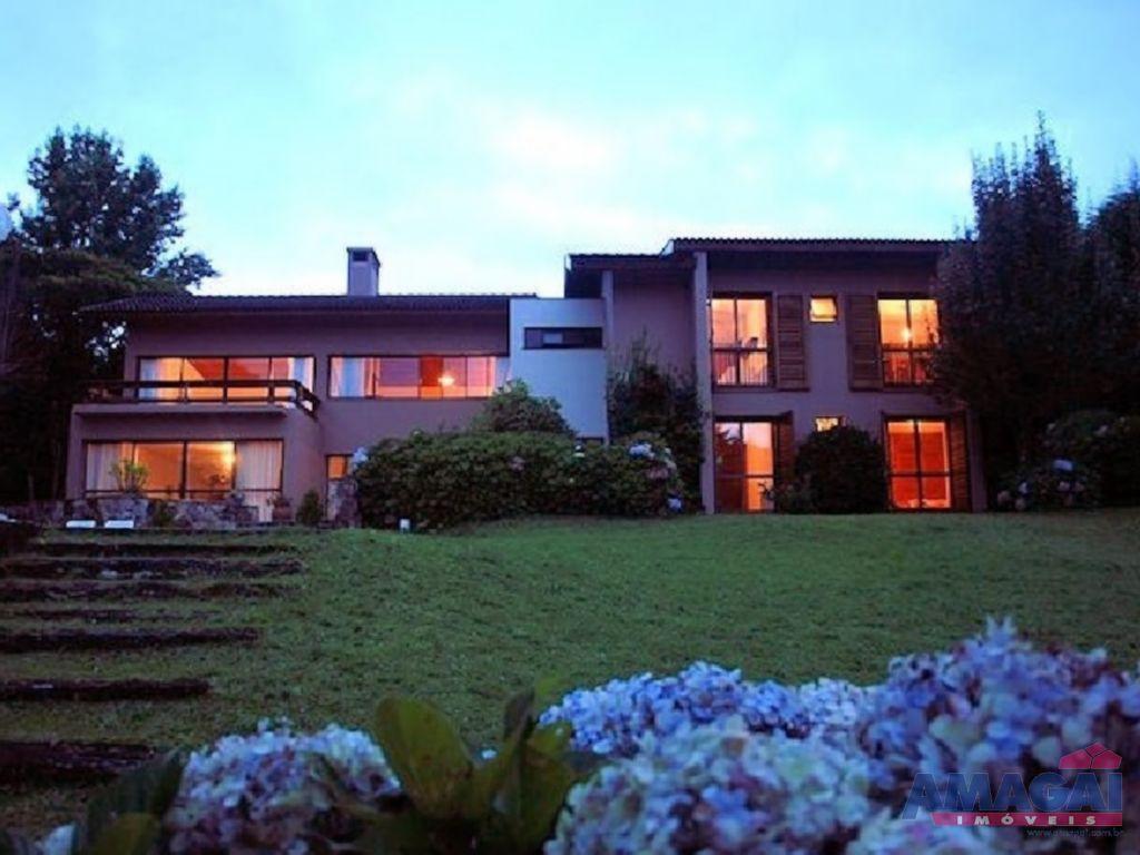 Casa Jardim Embaixador Campos do Jordão