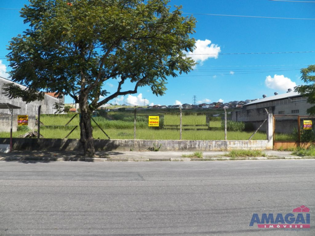 Terreno à Venda - Santa Cruz dos Lázaros