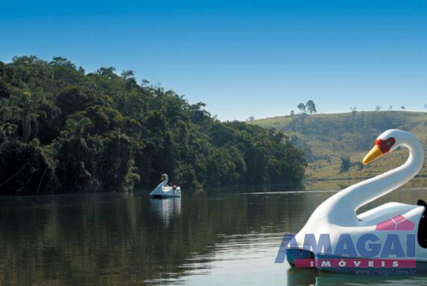 Terreno Lago Dourado Jacare�
